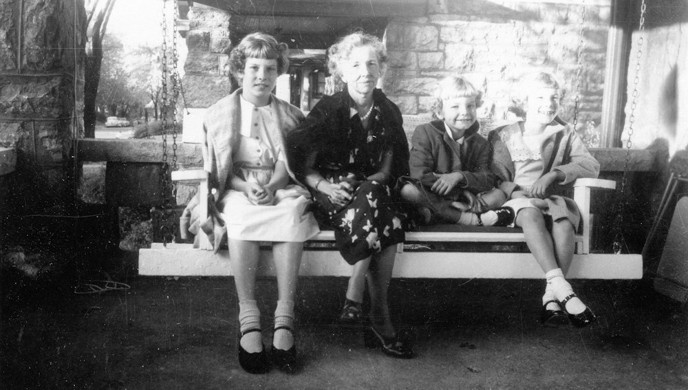 Ruth Shaw with Marietta, Elizabeth, and Nancy