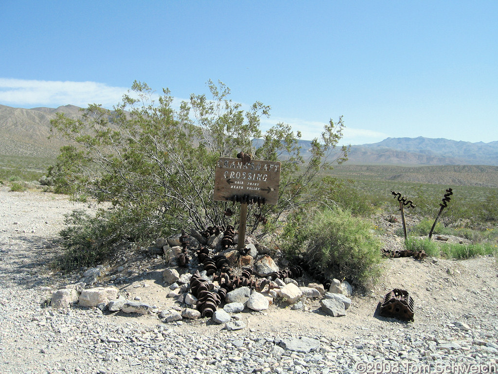 California, Inyo County, Crankshaft Crossing