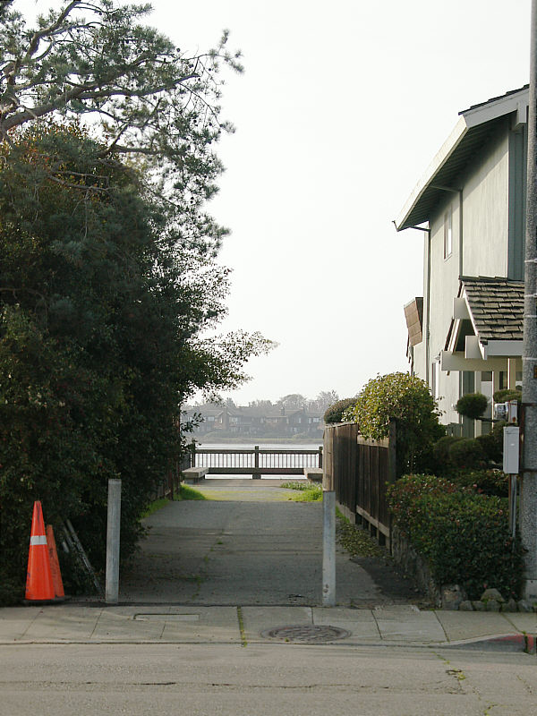 Shoreline access on Bayview Drive.