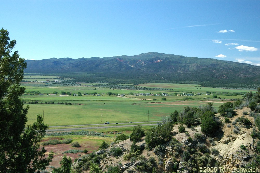 Fort Harmony, Harmony Mountains, Mountain County, Utah