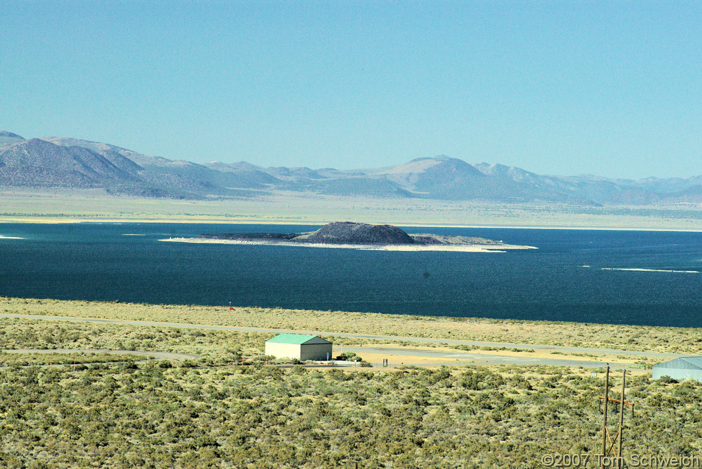 California, Mono County, Mono Lake, Negit Island