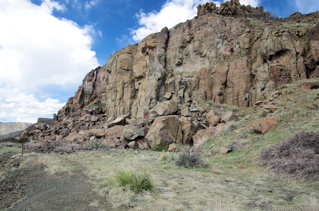 The basalt quarry on the south side of North Table Mountain.