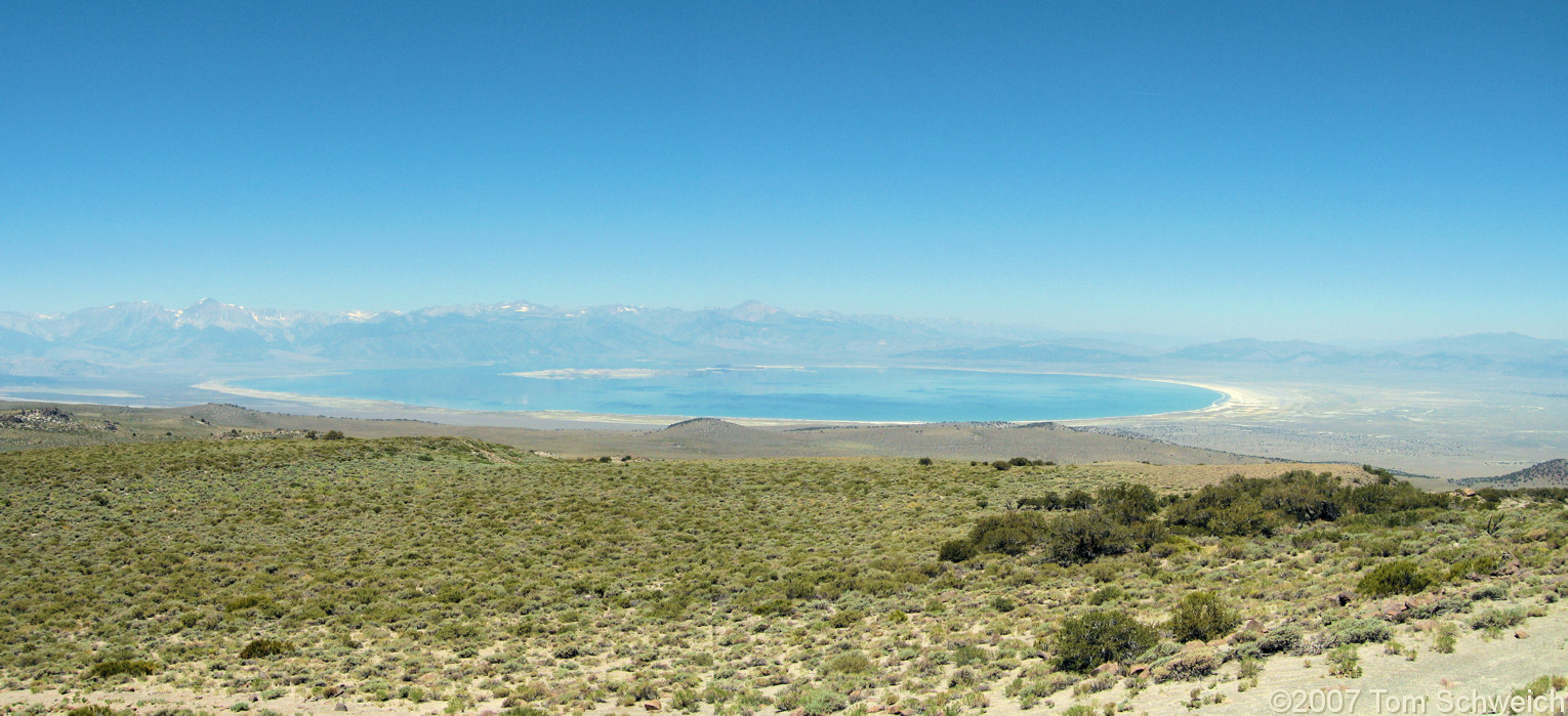 California, Mono County, Mono Lake, Cowtrack Mountain